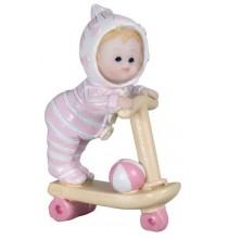 Figurine Bébé Fille sur Trotinnette
