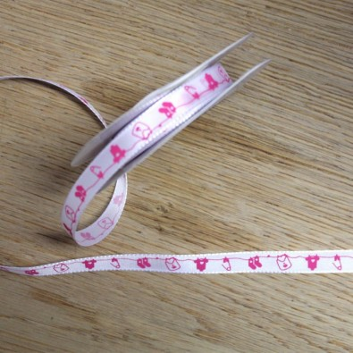 Ruban Blanc Motifs Bébé Rose Fille au mètre