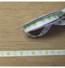 Ruban Blanc Motifs Bébé Vert au mètre