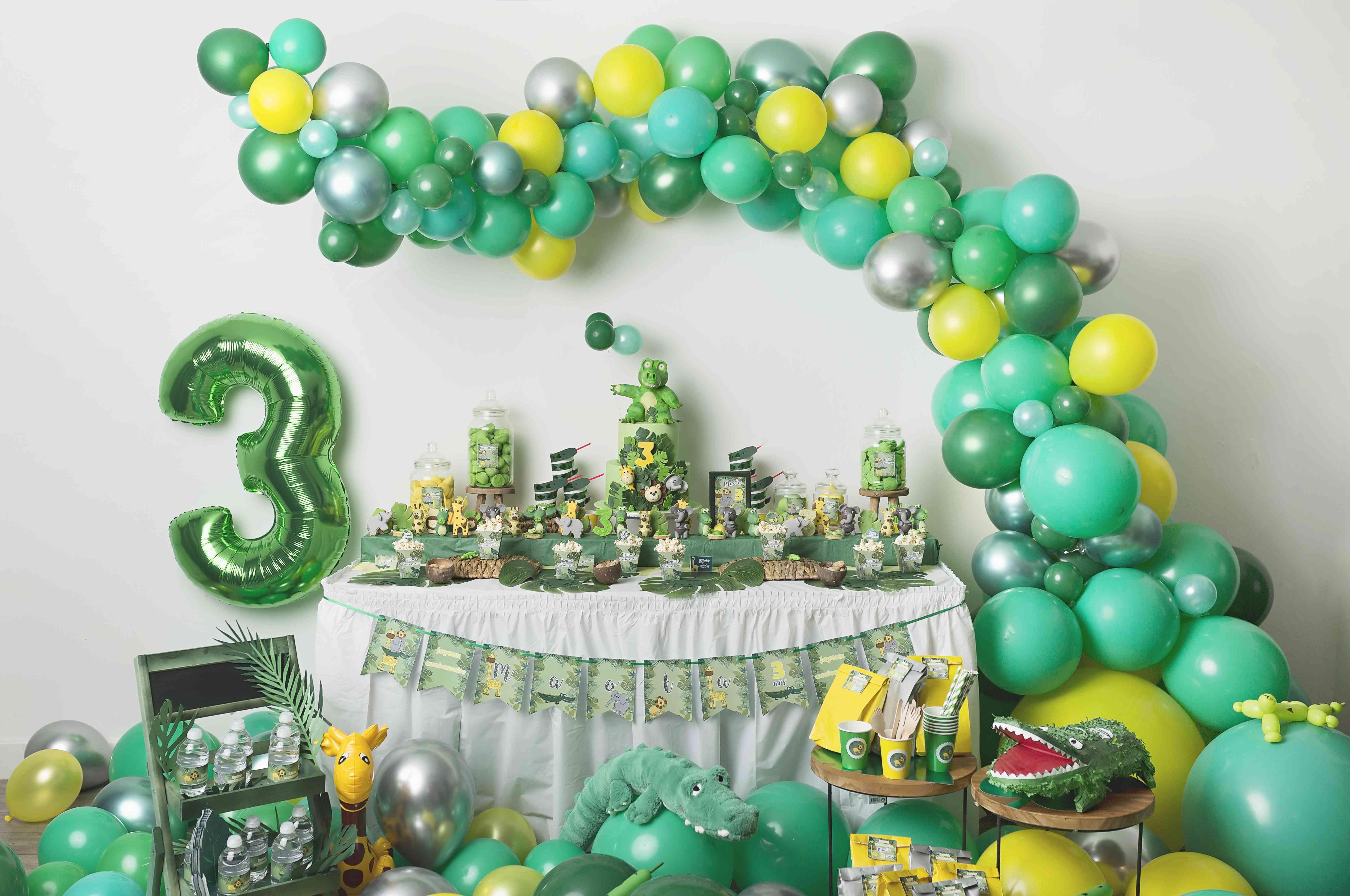 Deco Jaune Et Vert anniversaire thème jungle vert jaune et argent - mybbshowershop