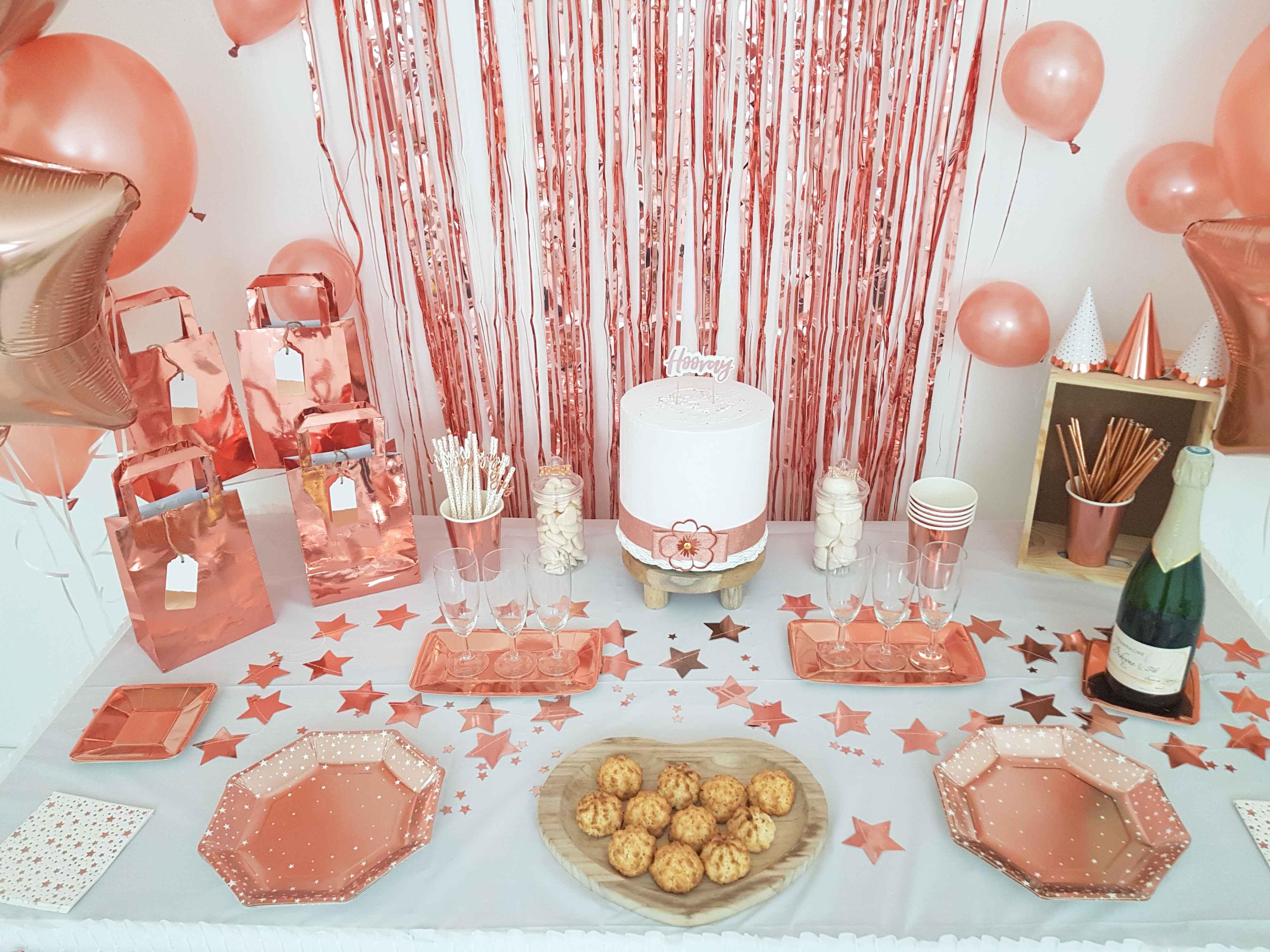 Decoration De Salle Pour Nouvel An décoration sweet table rose gold nouvel an 2019 jour de l'an